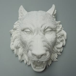 Faux Resin White Wolf Head Wall Mount Decor