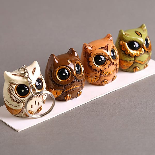 Resin cartoon owl figurine (16).JPG